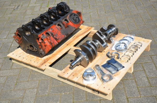 318 to 390cui Stroker Kit with Block